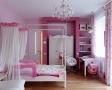 dormitoare-roz-barbie