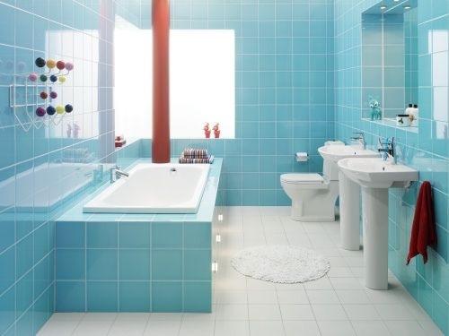 baie moderna albastra