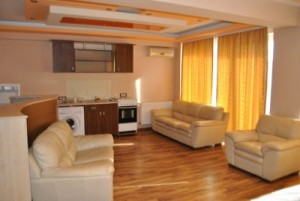 apartament living unit cu bucataria