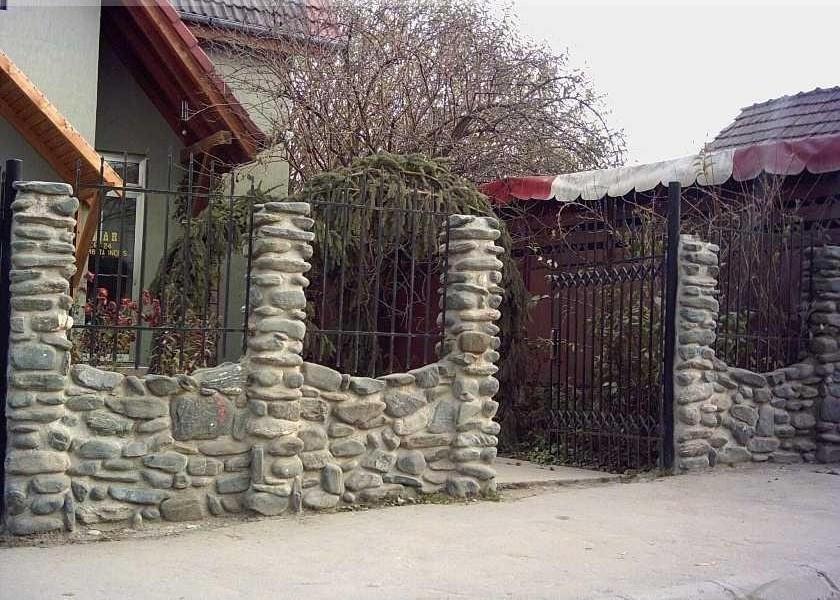 gard din piatra