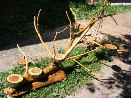 suport din lemn pentru gradina