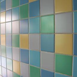 faianta colorata