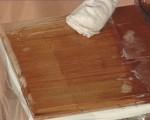 cum sa scoti pete de pe lemn