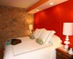 dormitor rosu