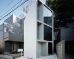 Apartament super ingust in Tokyo