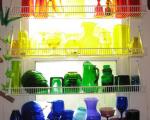decorati cu obiecte din sticla colorata